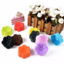 Diameter 5cm begonia shape muffin cups Small lovely child cake mould Multipurpose jelly pudding baking tool(China)