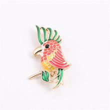 New fashion lovely red yellow green enamel parrot girl corsage brooch badge 2017 clothing accessories manufacturers selling