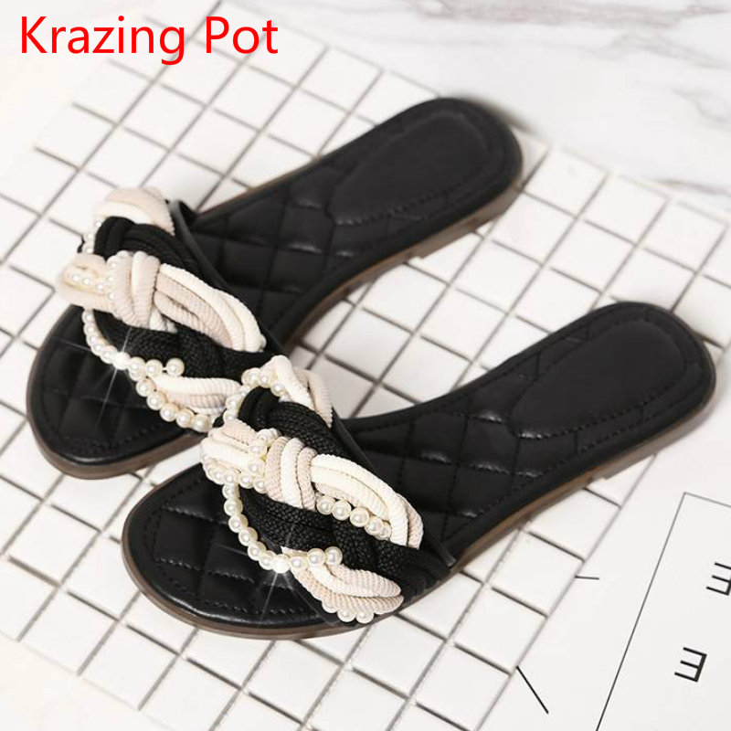 2017 Large Size Genuine Leather Round Peep Toe Women Flats Slippers Pearl Beading Preppy Style Superstar Concise Sandals L01<br>