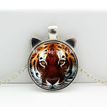 2017 New Tiger Necklace Jewelry Glass Tiger Pendant Glass Dome Pendant Necklace HZ2-00107