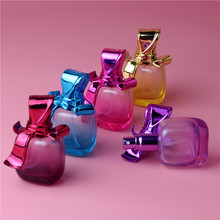 Free Shipping 1pcs 15ml UV Bow Cover Perfume Bottles Glass Empty Bottles Mini Ztomizer Bottles Brand Name Perfume Bottles(China)