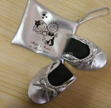 Free Shipping ! Fashion wedding flat gift lady ballerina flats rescue flat fold up shoes with logo bag