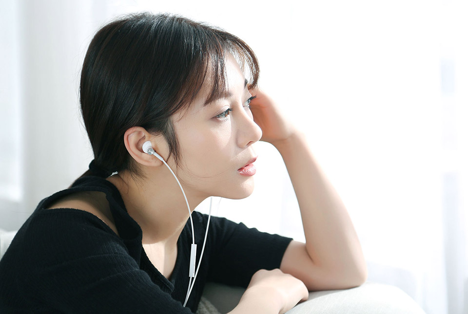 Xiaomi Dynamic Ceramic Speaker Dual Driver Earphone (10)