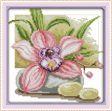 Pink daffodil cross stitch kit flower 14ct 11ct count printed canvas cotton floss thread embroidery DIY handmade needlework plus