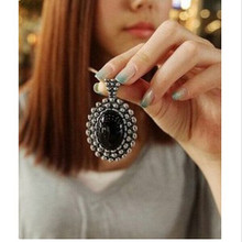 Women's Fashion Crystal Vintage Retro Push Large Stones Carved Necklace Sweater Chain Pendant 4ND152(China)