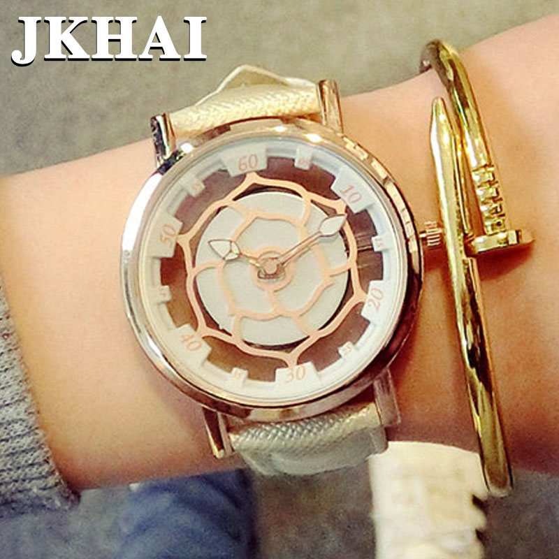 The Mens Fashion Watch South Korea Version of Golden Belt Water Personality non Mechanical Couple Watches Quartz<br><br>Aliexpress