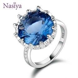 Женское кольцо из серебра 925 пробы, с сапфиром