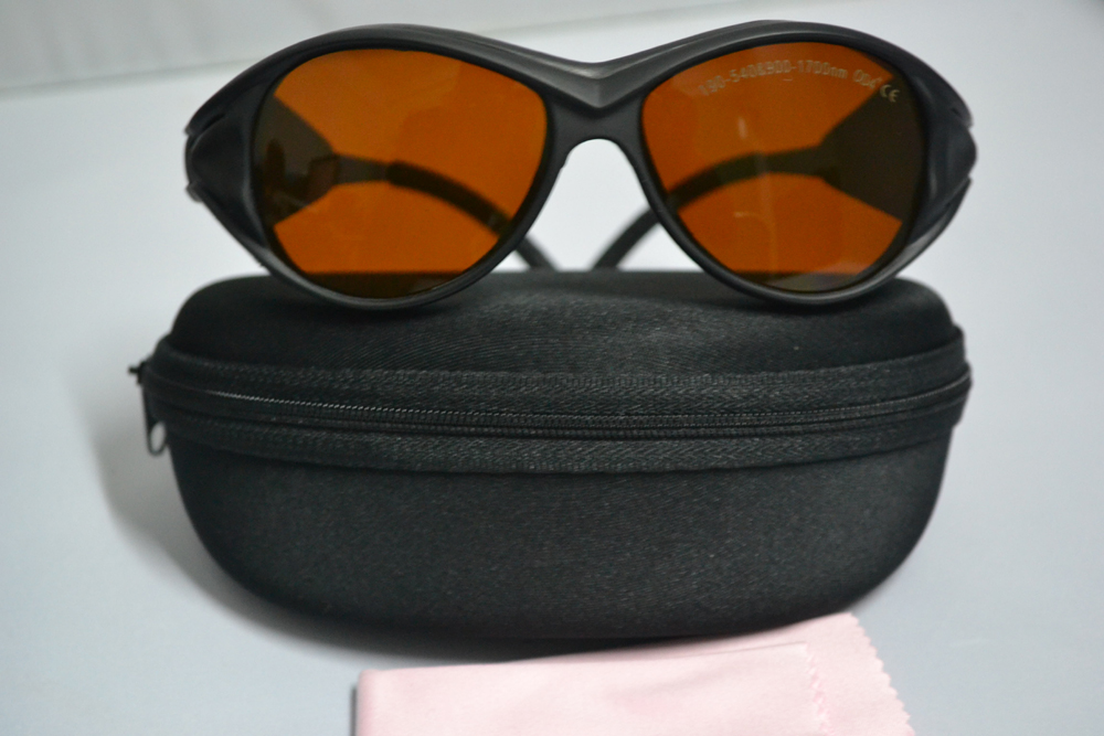 laser safety eyewear O.D 4+ for 190-540nm and 900-1700nm  266,  488-514.5 441 .6 532  810 1064 904 980, 1510  1530,1610<br>