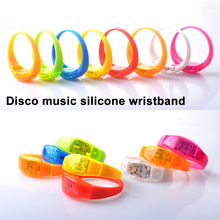 30pcs Music Activated Sound Control Led Flashing silicone Bracelet Light Up Bangle Wristband Night Club Activity Party Bar Disco