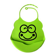 2017 new design Baby bibs waterproof silicone feeding baby saliva towel wholesale newborn cartoon waterproof aprons Baby Bibs(China)