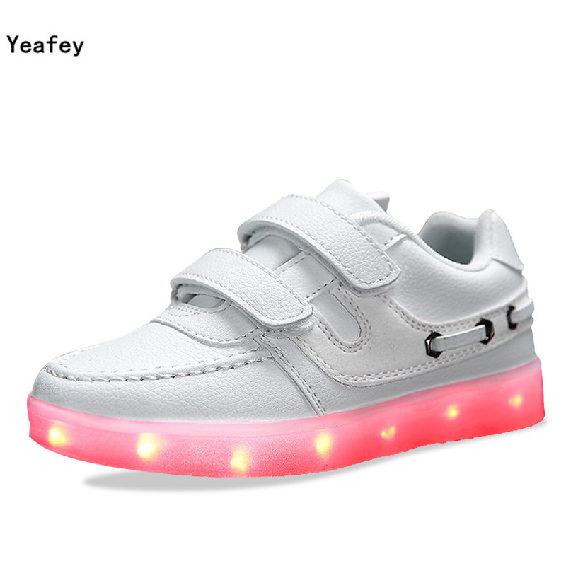 Yeafey White Luminous Kids Sneakers Lights Up Shoes for Children Glowing Girs Boys Shoes Led Children  Usb Charging Size 25-35<br>