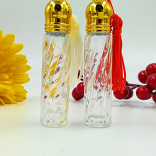 Fashion 3ml Roller MINI Glass Perfume Bottle Gold Lids Color Tassel Decor Travel Empty Makeup Fragrance Vials 20pcs/lot DC792