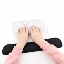 Newest Desktop Anti Slip Black Gel Wrist Rest Support Comfort Pad for PC Computer Gaming Keyboard Raised Platform Hands