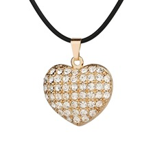 2017 White Crystal Heart Charm Necklace Women Gold Color Peach Heart Pendant Choker Necklaces & Pendants Collar Collier B-1