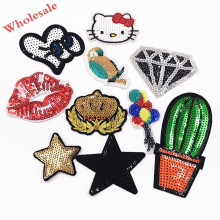 10PCS Heart Sequins Star Hello kitty Lips Patches stickers Clothing Clothes bags Badges Parches Bordados Embroidered on cloth