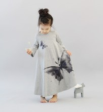 2017 spring summer family matching clothes mother daughter princess dresses o-neck long sleeve butterfly printed cotton clothing(China)