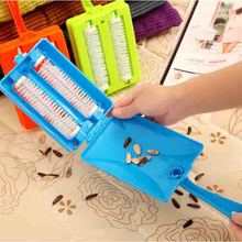 Household Double Roller Dusting Cleaning Brush Carpet Table Sofa Brush Plastic Handheld Crumb Sweeper Dirt Cleaner Cleaning Tool