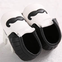 Nwt  unisex baby shoes star sneakers toddler shoes baby shoes cute little baby shoes black and white beard