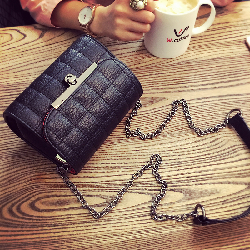 LEFTSIDE Casual Small Chain Handbags High Quality Party Purse ladies leather hand bags Shoulder Messenger Crossbody Bag Black<br><br>Aliexpress