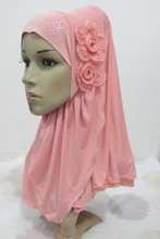 H972 latest muslim one piece pull on hijab with 2 pcs flowers,fast delivery