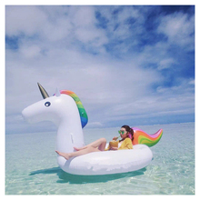 Hot Sell Swimming Pool Giant Inflatable Unicorn Floating Row Rainbow Horse Swim Ring Inflatable Air Matters Licorne Water Toy
