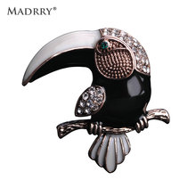 Madrry Gothic Crystals Eagle Brooches For Man Kids Cool Black Bird Broches Antique Gold Lapel Pin Sweater Shirt Coat Clip Joyas(China)