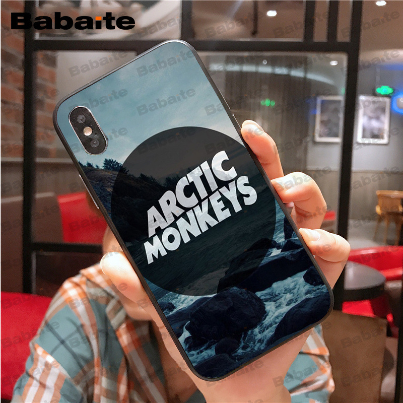 ARCTIC MONKEYS Rock and roll Band Do I Wanna Know