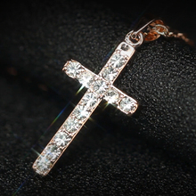 1PCS Free shipping! Classic design White/Rose gold plating zircon cross necklace for women fashion jewelry(China)
