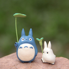 My Neighbor Totoro Mini Figure Toys Cute Miyazaki Hayao White & Blue Totoro With Leaf Resin Action Figures Collection Model Toy(China)