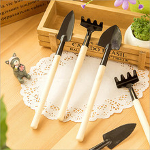 3pcs Mini Garden Tools Spade Shovel Rake 1 Set Home Garden Wood Handle Metal Head Gardener Garden Supplies Tools Combination