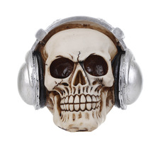 Refinement Continental Skullcandy Earphone Skull Personality Halloween Decoration Creative Resin Artware Gift Collection L976(China)