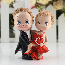 Lovely Marriage Polyresin Figurine Wedding Cake Toppers Resin Decor Doll Lover Birthday Gift