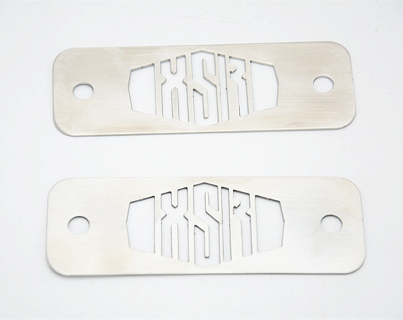 MOTO4U-1-pairs-Powder-Coated-Stainless-Fuse-Box-Top-Plates-1Pair-For-Yamaha-XSR-900-Silver