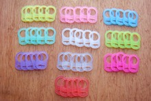 50Pcs/Set Mix Color Silicone Baby Mam Rings Dummy Pacifier Holder Clip Adapter MH003