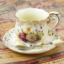 European - style ceramic cups 3 sets of creative bone china English coffee cup disc afternoon tea cups 200ML(China)