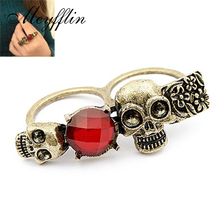 Fashion Punk Ring Jewelry Red Imitation Gemstone Antique Gold Double Finger Skull Rings for Women Men Vintage Bague