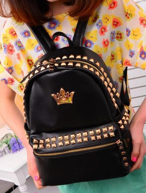 New 2017 European Elegant rivet school bags,noble crown black women backpack,casual Elegant backpack,princess noble mochila<br><br>Aliexpress