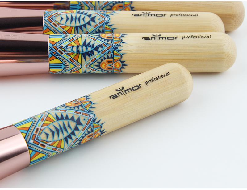 Nouveau Maquillage Brosses 12 pcs Ensemble En Bambou Make Up Brosse Souple Synthétique Collection Kit avec Poudre Contour Fard À Paupières Sourcils Brosses 8