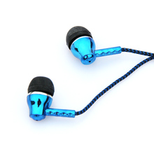 MOONBIFFY Wholesale 3.5mm Good Quality Earphones Fiber Cloth Line Headset For iPhone Samsung MP3 Mobile Phones For PC