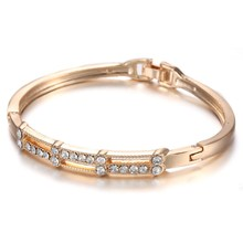 Fashion gold color Wristband Clear Crystal Rhinestone Spring Summer Charms Bangles& Bangles for Women Jewelry Party bijoux