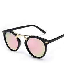 Classic fashion women luxury brand design sunglasses, shopping, driving, driving at night, polarization, prevent vertigo