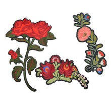 Hoomall 3PCs Flower Patches Iron On Appliques Stickers For Clothing Decor Beauty Patches DIY Jeans Bags Accessories Fixed Mix(China)