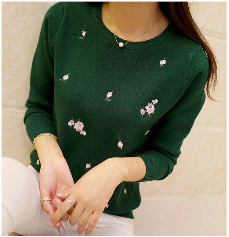 S-3XL New Youth Women's Sweater Autumn Winter 17 Fashion Elegant Peach Embroidery Slim Girl's Knitted Pullover Tops Female 23
