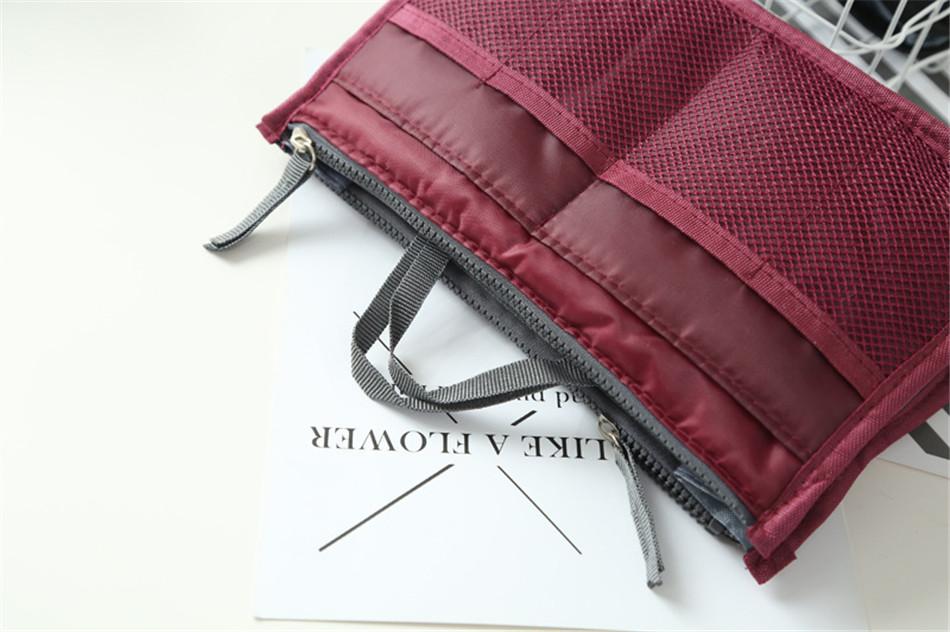 cosmetic bag (25)