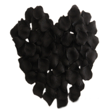 1000 Pcs Heart Shaped Red Rose Petals,Black