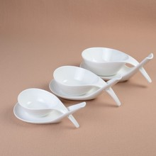 Novel Spoon-Shaped Ceramic Serving Bowl and Saucer Decorative Porcelain Flavouring Dish with Handle Dinnerware and Kitchenware
