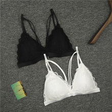 2017 New Strap Lace Sexy Women Casual Lace Bralette Padded Bra Stretch Sleeping brassiere Fashion wireless bra top High quality