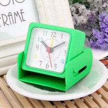 Electronic Desk Clock Retro Alarm Clock Saat Despertador Square Plastic Digital clocks Reloj Despertador de Cabeceira home decor(China)