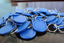 (100 pcs/lot) 13.56Mhz RFID Token Key Tags Keyfobs Proximity NFC Smart Tag for Access Control