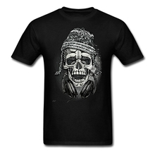 Man music theme Customized t-shirt with Snowboarder Skull with Headphones and Beanie men Tees Discount tshirt males First Rate(China)